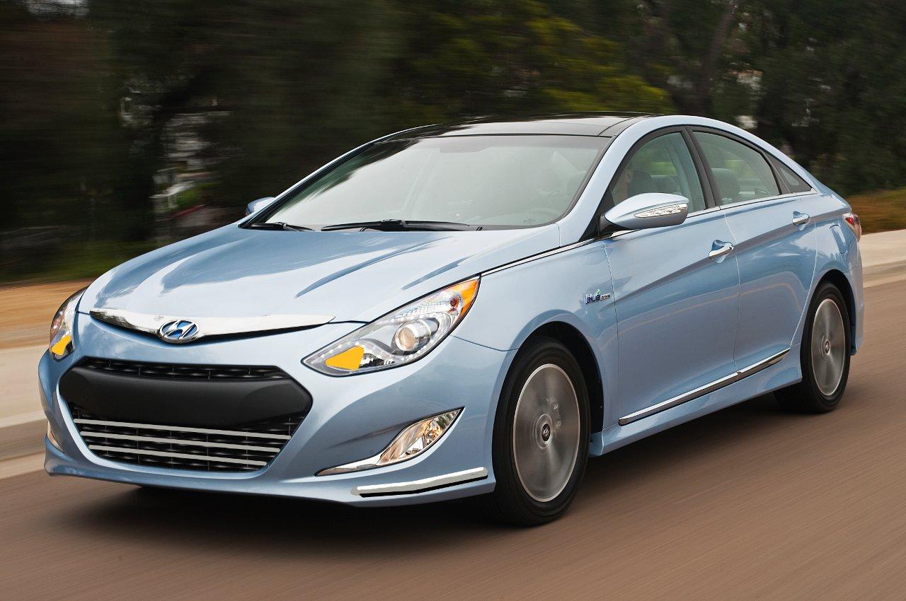 Facelifted 2013 Hyundai Sonata, tomorrow