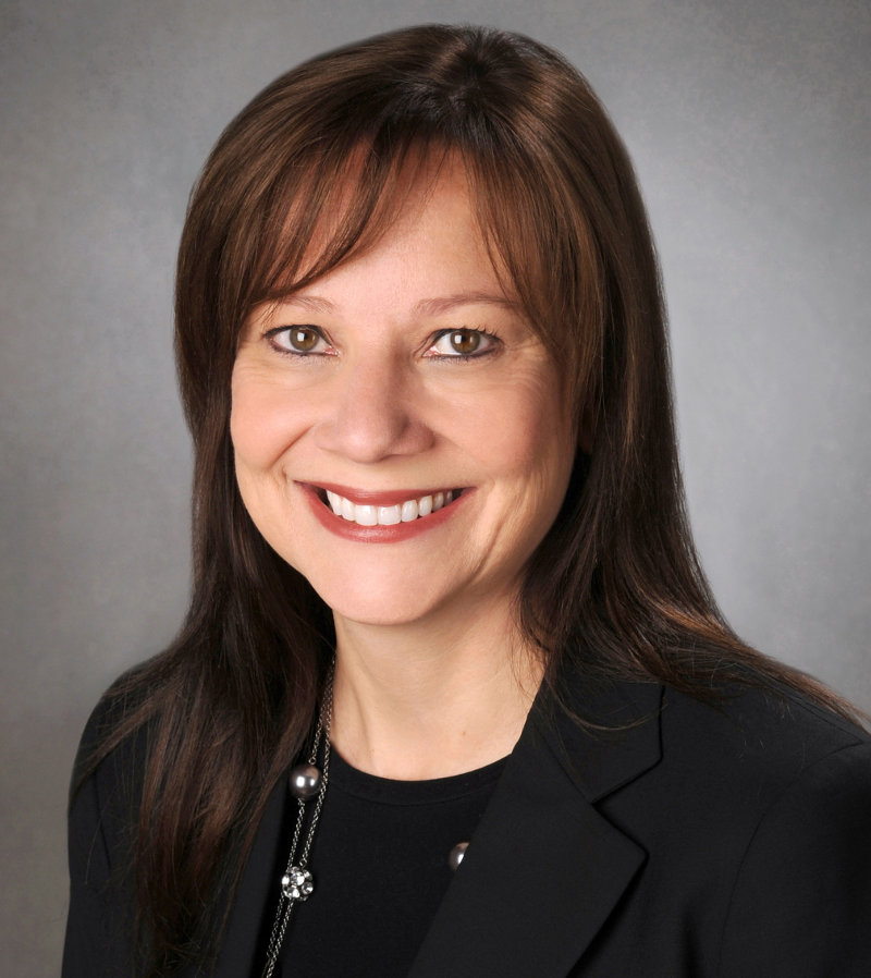 Mary Barra flashes that sexy smile, yesterday
