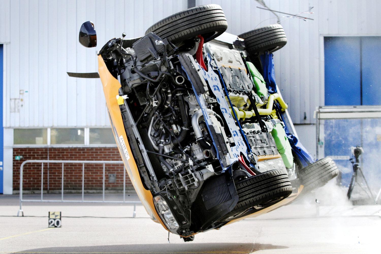 Nobody dying in an Volvo, yesterday